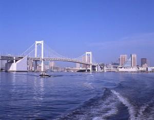 AM7:00 東京港芝浦岸壁を出港